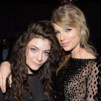 Boller Alert | Taylor Swift y Lorde, una cita romántica en la playa