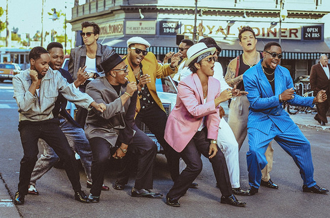 uptown-funk-bruno-mars-mark-ronson-video-still-billboard-650