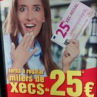 Mariah Carey compra en el Carrefour