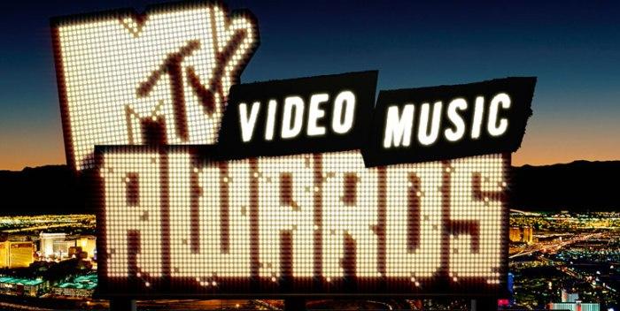 mtv-video-awards-2015-image