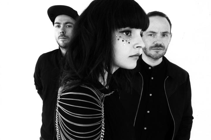 chvrches-2015-Danny-Clinch