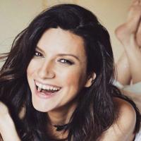 Laura Pausini, musa lésbica, se reivindica en su nuevo disco como la Raffaela Carrá del Siglo XXI