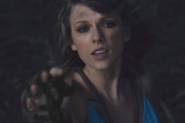Taylor-Swift-Out-of-the-woods-e1451653843424