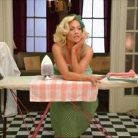 """El alegato feminista frustrado de Jennifer Lopez en el vídeo de """"Ain't Your Mama"""""""