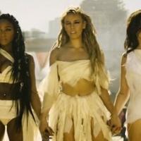 """Fifth Harmony a lo """"Mad Max"""" en el vídeo de """"That's My Girl"""""""